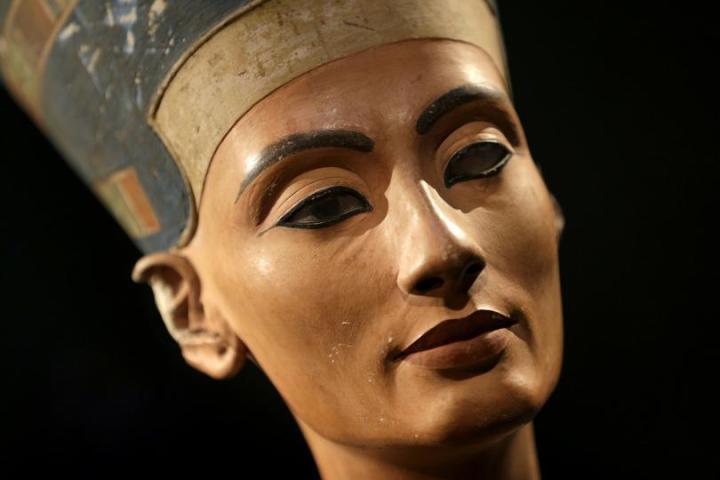 La reine Néfertiti