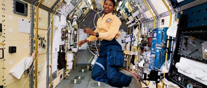 mae c jemison astronaute femme de science