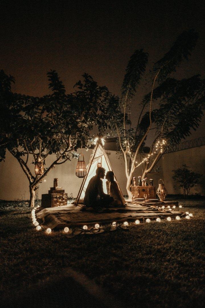soirée romantique maison - tente