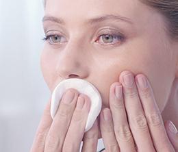 démaquiller lèvres - comment faire une belle bouche mate
