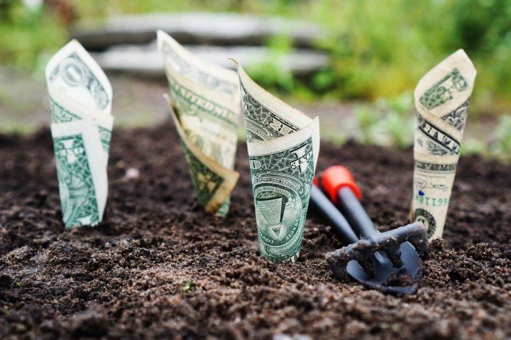 lancer une entreprise business nécessite de l'argent - réalité chômage