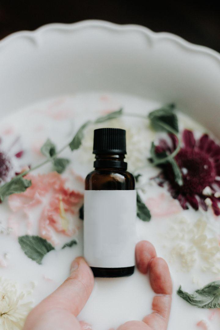 huile essentielle de menthe cannelle thym énergisante tonus vitalité