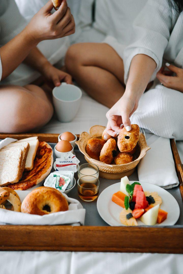 7 conseils pour des lundis matins heureux - prendre un vrai petit-déjeuner